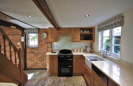 Croft Oak Kitchen Design - Faulkbourne Witham Essex
